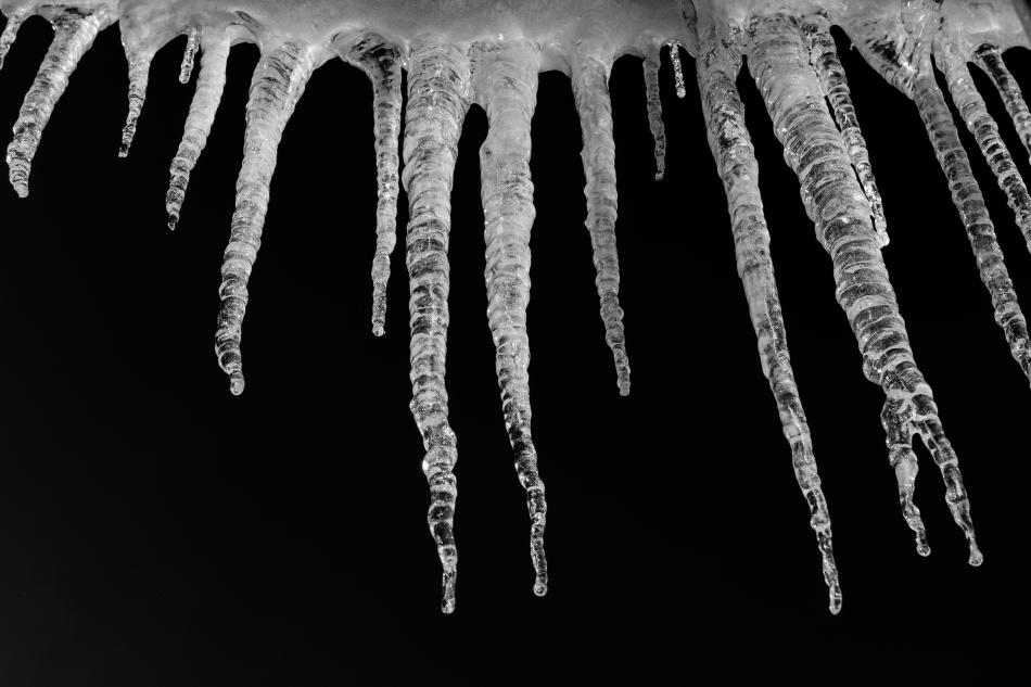 Ice Cicles.jpg