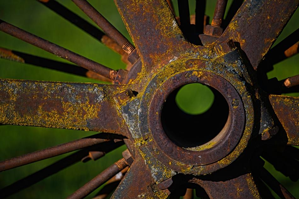 Rusty Wheel 1